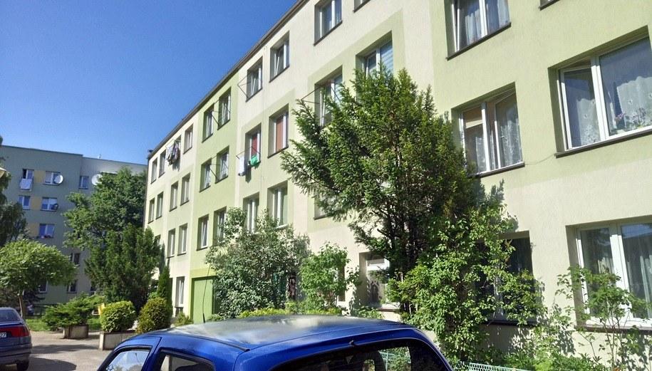 Blok, w którym mieszkała 24-latka /Łukasz Zakrzewski /RMF MAXXX
