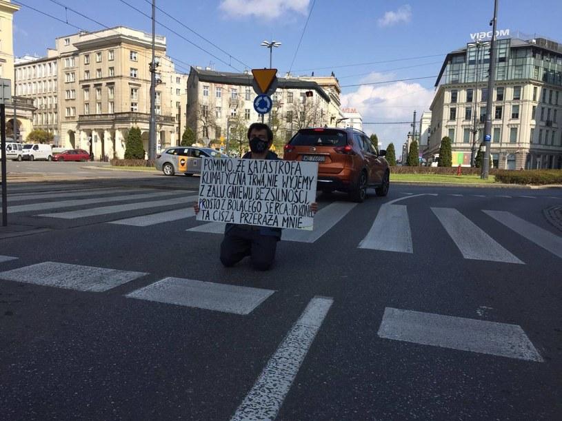 Blokada na pl. Zbawiciela w Warszawie. /Extinction Rebellion