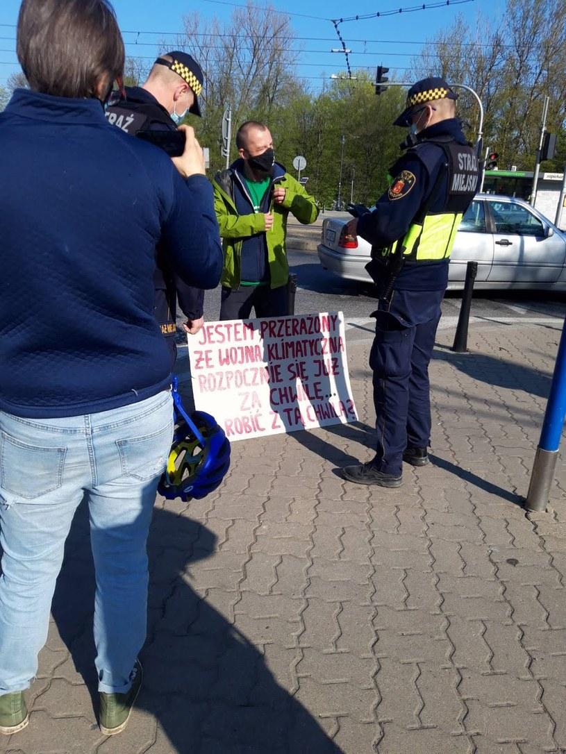 Blokada przy moście Śląsko-Dąbrowskim, po stronie Pragi. /Extinction Rebellion
