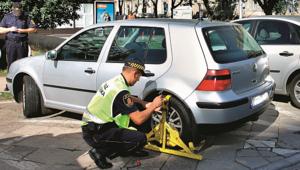 Blokady zamiast fotografii - straż miejska potrafi zarabiać na kierowcach