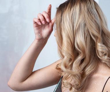 Blond bez tajemnic