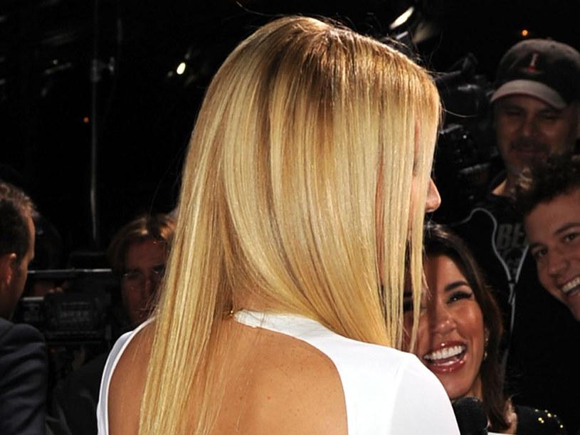 Blond włosy mogą wyglądać naturalnie  /Getty Images/Flash Press Media