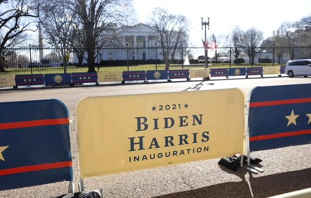 Błonia przed Kongresem będą zamknięte, podobnie pobliskie ulice /ERIK S. LESSER /PAP/EPA
