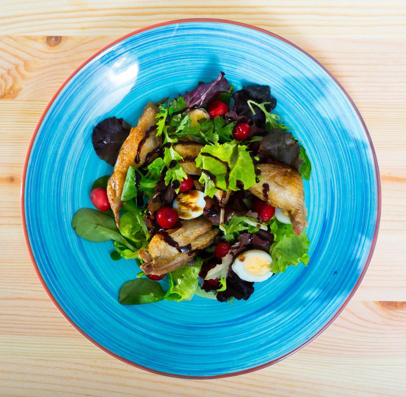 Błyskawiczny przepis na zdrowy lunch /123RF/PICSEL