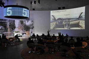 BMW 5: Cuda, panie, cuda...(video)