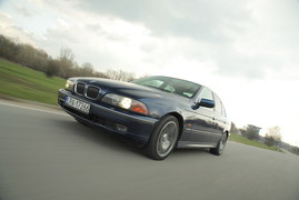 BMW 540i V8 E39