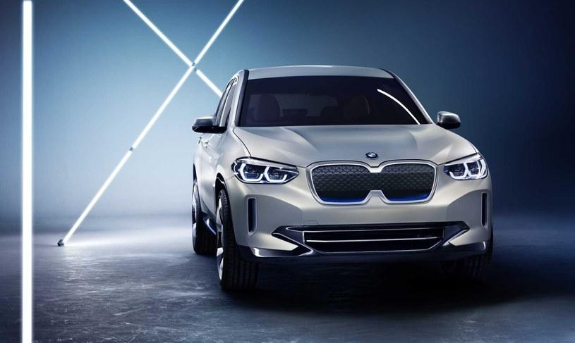 BMW Concept iX3 /materiały prasowe