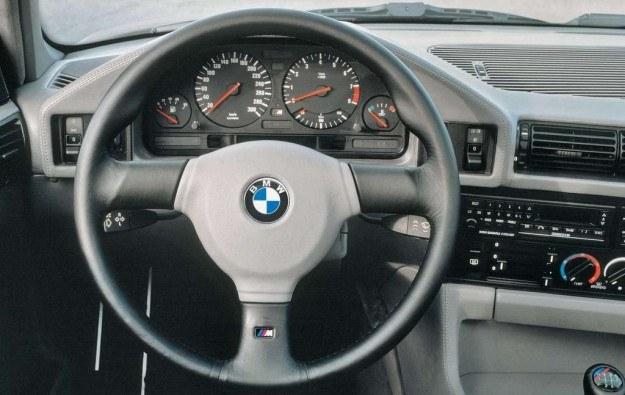 BMW E24 /