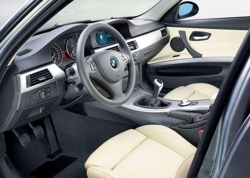 BMW E90 /
