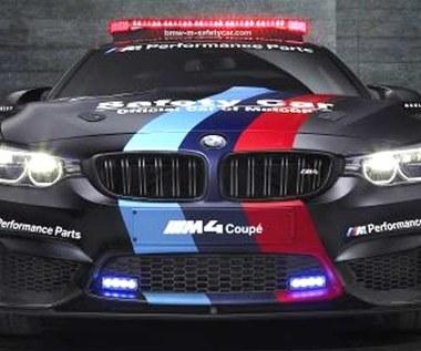 BMW M4 Coupe w wersji MotoGP jeździ na wodę. I to jak!
