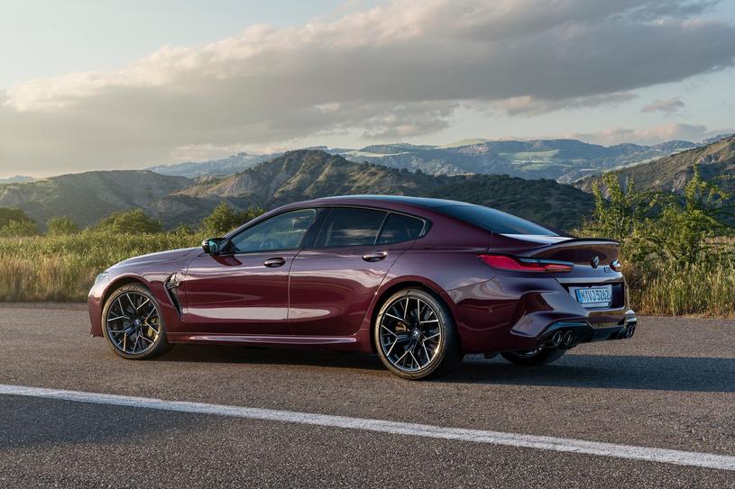BMW M8 Gran Coupe /