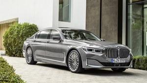 BMW serii 7 chce zaimponować grillem