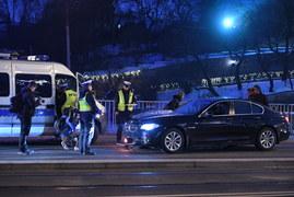 BMW wjechało w przystanek