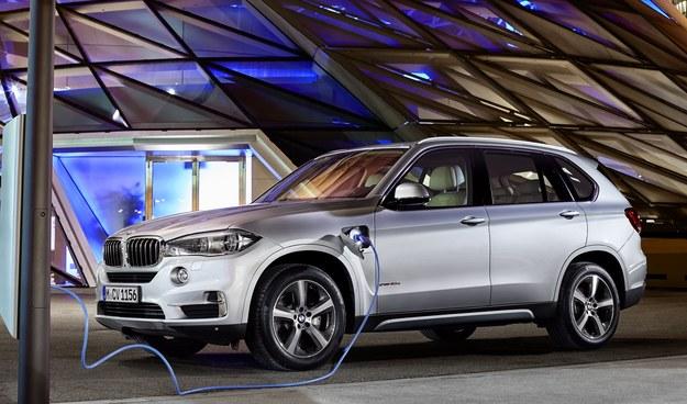 BMW X5 xDrive40e /BMW