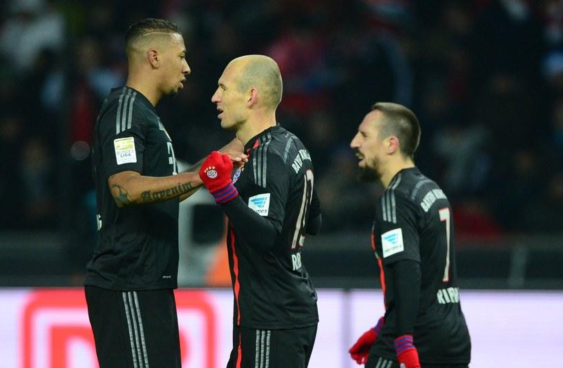 Boateng, Robben i Ribery cieszą się z bramki Holendra /AFP
