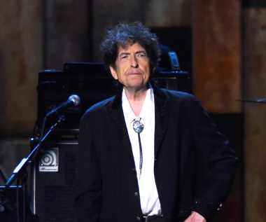 Bob Dylan przesłał mowę noblowską, dostanie pieniądze z nagrody