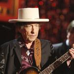 Bob Dylan straci pieniądze otrzymane wraz z literackim Noblem?