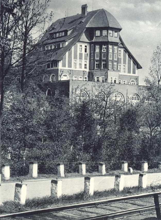 Boberhaus na pocztówce z 1934 r. /fot. ze zbiorów Lidii Sysak /Odkrywca