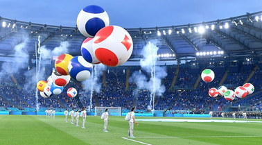 Boccelli, legendarni piłkarze i widowiskowe fajerwerki. Ceremonia otwarcia Euro 2020
