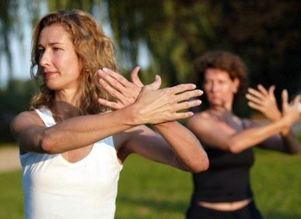Body combat to energetyczna kompilacja zawierająca ruchy wzięte ze sztuk walk Wschodu /Getty Images/Flash Press Media