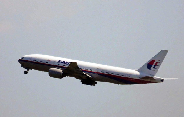 Boeing 777 tuż po starcie /FRED NEELEMAN    /PAP/EPA