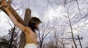 Bóg błogosławi świat krzyżem