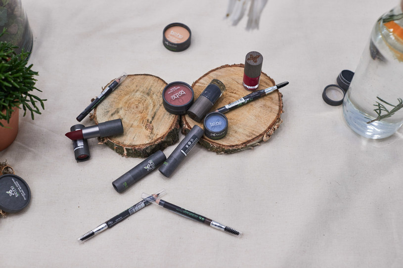 Boho Green Make-up /materiały prasowe