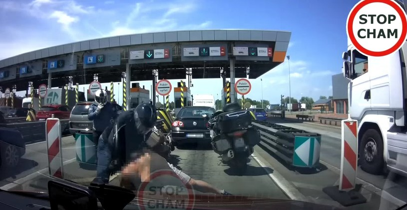 Bójka na autostradzie A4 /YouTube