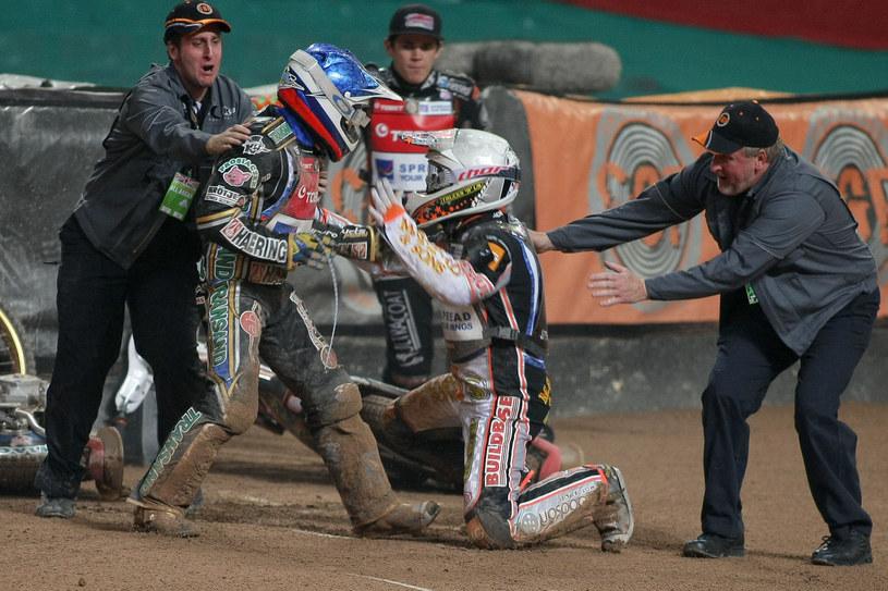 Bójka Sajfutdinowa i Nichollsa podczas turnieju Grand Prix w Cardiff /Paweł Wilczyński /Newspix