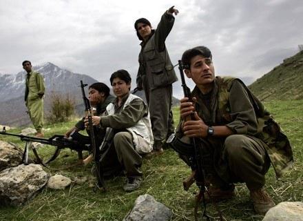 Bojownicy KPP gdzieś na granicy Turcji i Iraku, listopad 2006 /AFP