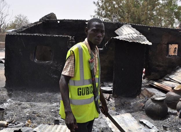 Boko Haram odpowiada również za ataki w Kam26 maja b.r. w zamachu zginęło 37 Nigeryjczyków. Do ataku przyznała się grupa Boko Haram erunie / Na zdjęciu: /STRINGER /East News