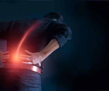 Ból korzonków:  Objawy, przyczyny i sprawdzone środki zaradcze