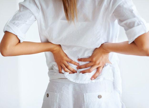 Ból kręgosłupa bywa bardzo uciążliwy /123RF/PICSEL