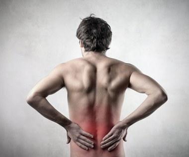 Ból kręgosłupa lędźwiowego - jak sobie z nim radzić?