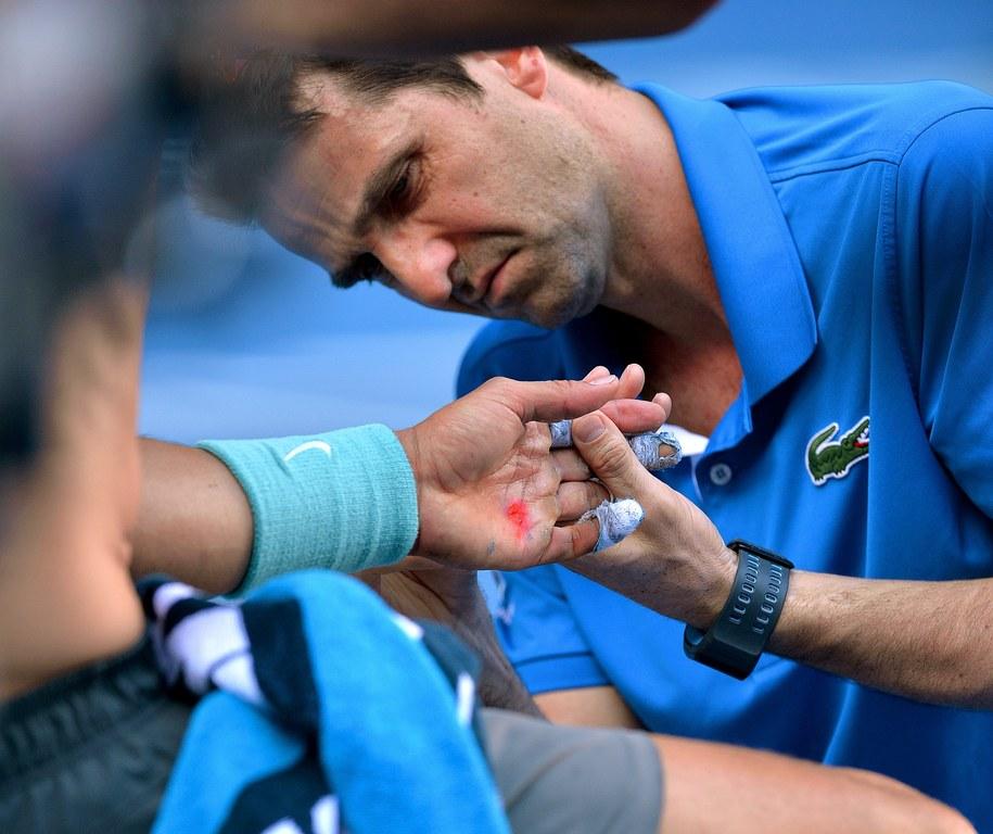 Ból się opłacił. Nadal w fianale Australian Open /JOE CASTRO /PAP/EPA