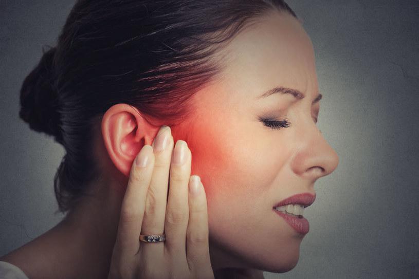Ból w uchu /©123RF/PICSEL