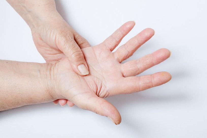 Bóle mięśni i stawów /©123RF/PICSEL