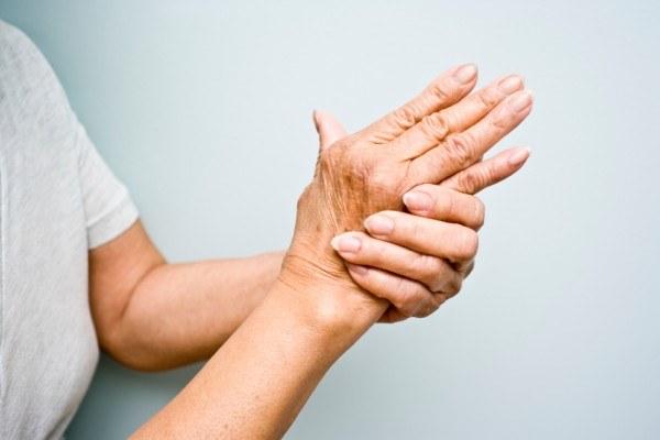 Bóle mięśni i stawów /© Photogenica
