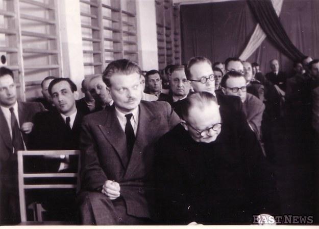 Bolesław Piasecki (na pierwszym planie), przewodniczący Stowarzyszenia PAX /Wacław Żdżarski /East News