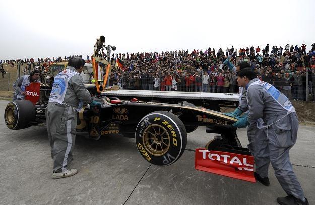 Bolid Lotus-Renault nie spisał się najlepiej podczas GP Chin /AFP