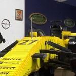 Bolid z klocków Lego sprzedany na aukcji za 65 tys. euro!