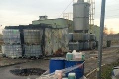 Bomba ekologiczna w Katowicach: Tysiące pojemników z niebezpiecznymi substancjami