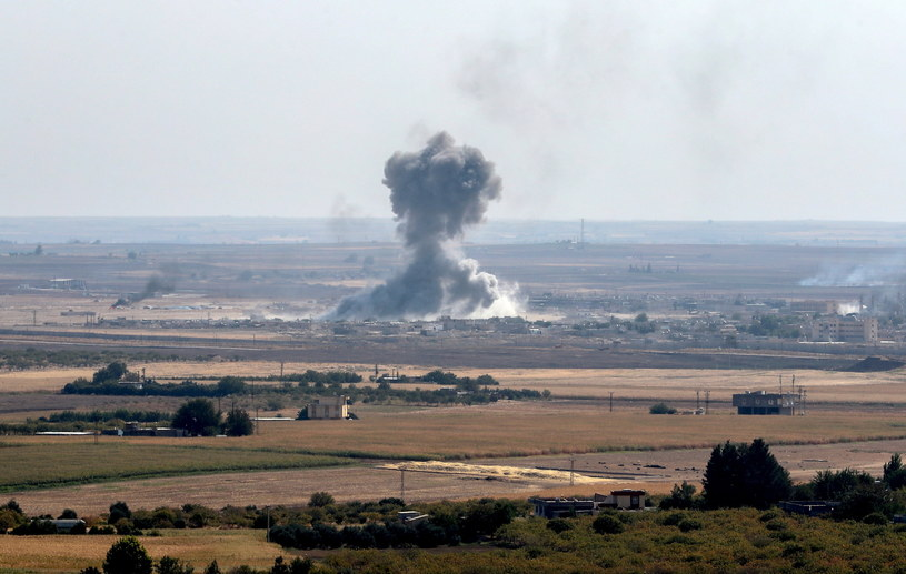 Bombardowanie Ras al-Ajn /SEDAT SUNA /PAP/EPA