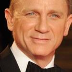 Bond: Im starszy, tym częściej okazuje emocje