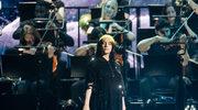 Bondowski temat na BRIT Awards