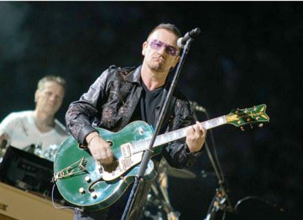 Bono podczas koncertu w Chorzowie /fot. Bartosz Nowicki