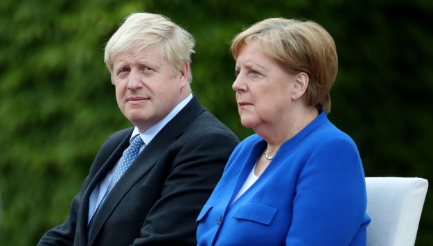 Boris Johnson i Angela Merkel /HAYOUNG JEON /PAP/EPA