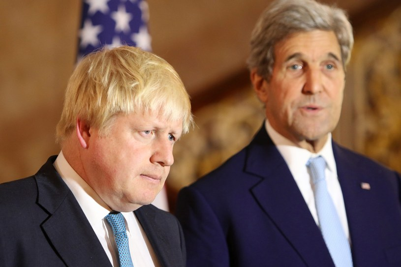 Boris Johnson i John Kerry /PAP/EPA