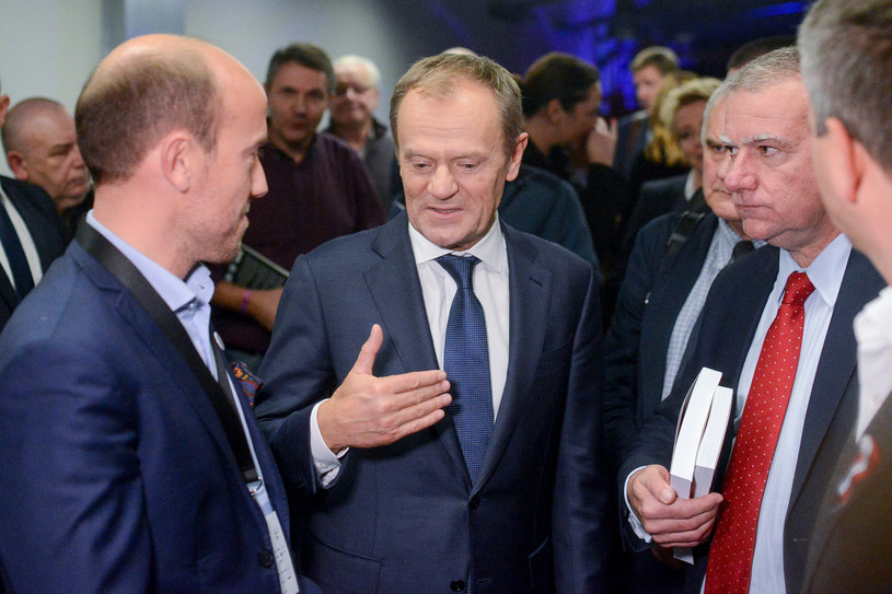 Borys Budka i Donald Tusk /East News