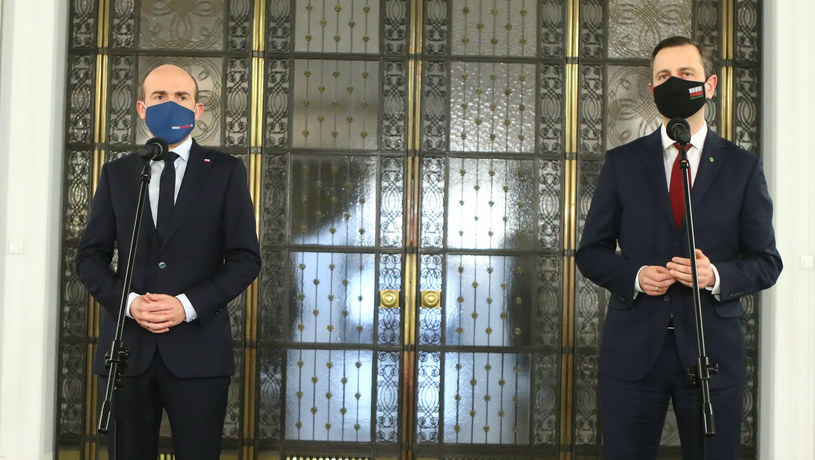 Borys Budka i Władysław Kosiniak-Kamysz podczas konferencji prasowej /Tomasz Jastrzebowski/REPORTER /Reporter